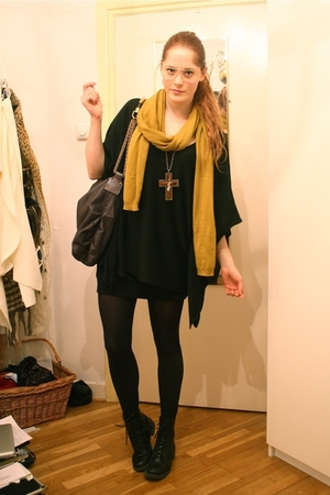 yellow H&M scarf - black Zara top - gray Stella McCartney purse - black H&M boot