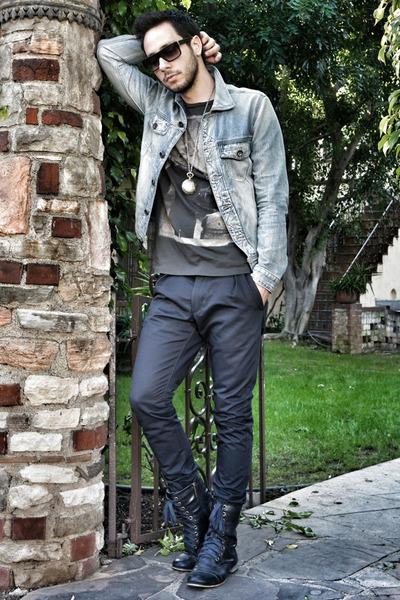navy Breckelles boots - light blue Guess jacket