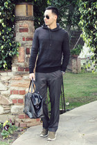 black H&M bag - dark gray Kenneth Cole Reaction sweater