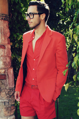 red Zara blazer - red Zara shirt - red H&M shorts - red Zara belt
