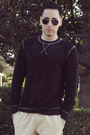 Dark-gray-threads-for-thought-sweater-black-aviator-ray-ban-sunglasses