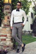 black tassel oxford Zara shoes - white H&M shirt - teal bow tie Boutaugh tie