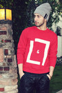 Silver-beanie-burberry-hat-red-lavan-lamar-sweater