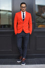 Navy-boat-shoes-vans-shoes-red-zara-blazer-white-penguin-shirt