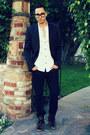 Black-levis-jeans-black-zara-blazer-white-h-m-shirt-black-tom-ford-glasses