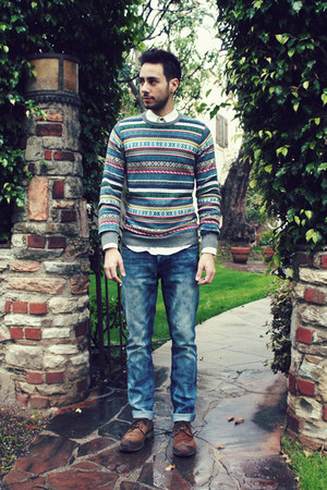 holiday H&amp;M sweater - dark brown brogues Zara shoes - sky blue Hot Topic jeans