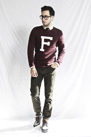 crimson varsity Forever21 sweater - beige Club Monaco shirt - navy Forever21 tie