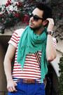 Blue-shoulder-bag-gucci-bag-red-striped-shirt-h-m-shirt