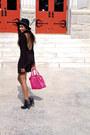 Black-joes-jeans-boots-black-blue-life-dress-hot-pink-navoh-bag