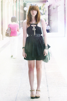 black studd bardot belt - black sass & bide dress - beige urban originals shorts