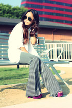 Forever 21 shirt - Ray Ban sunglasses - Urban Outfitters pants