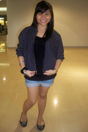 black forever 21 shirt - DIY shorts - Gap polka dot from moms closet blazer