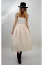 Black-vintage-hat-light-pink-vintage-from-rock-paper-vintage-dress