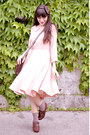 Chie-mihara-shoes-licia-florio-dress-vintage-bag-calzedonia-socks