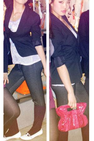 black Suzy Shier blazer - black leggings - pink Smartset purse - purple - gold n
