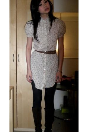 vintage dress - vintage belt - H&M tights - etienne aigner boots