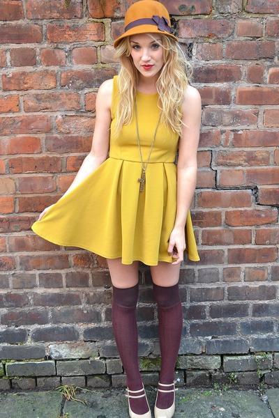mustard felt hat H&M hat - mustard skater dress Ebay dress