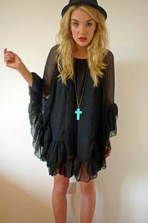 silver JWLRY ring - black frilled chiffon YOGOEGO dress - black bowler H&amp;M hat