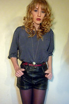 black leather vintage shorts - navy breton thrifted top - gold charm Urban Outfi