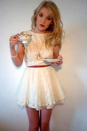cream lace Jones&Jones dress - cream pearl H&M bracelet - coral cameo Adrianne J