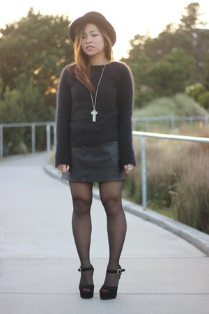 black vintage hat - black Polo Ralph Lauren sweater - dark gray asos tights