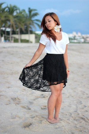 black Forever 21 skirt - white rag & bone t-shirt