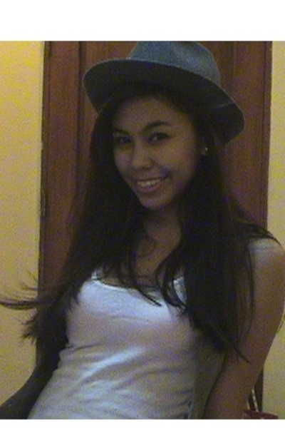 Fedora from Terranova hat - Topshop vest - abercrombie and fitch top
