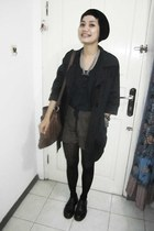 black doc martens shoes - black next hat - black jacket - brown massimo dutty pu