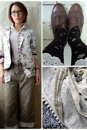 silver FLORAL blazer blazer - dark brown WING TIPS shoes