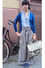 Blue-pinapple-london-shoes-beige-atmosphere-pants-beige-atmosphere-cardigan-