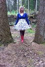 Red-boots-white-flower-dress-black-tights-blue-cardigan