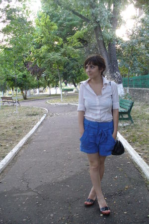 H&M shorts - Zara shirt - Clockhouse C&A purse - random shoes - Sonia Rykiel for