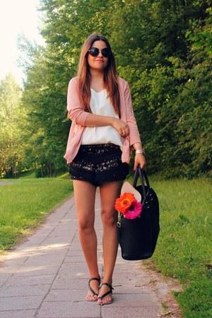 black H&M bag - neutral H&M jacket