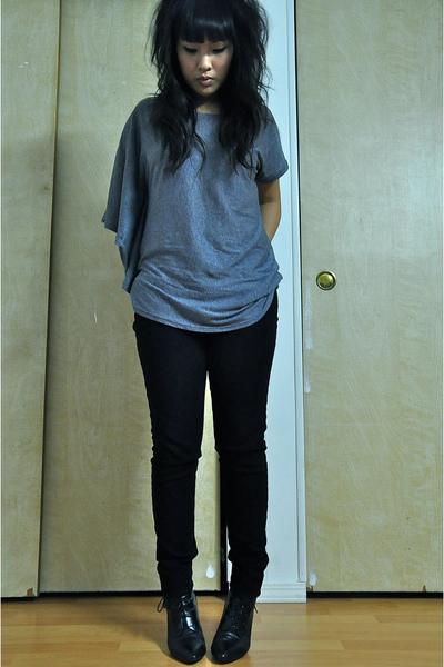 gray Zoa top - black J Brand pants - H&amp;M boots