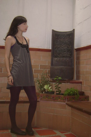 maroon tights - gray dress - navy Payless flats