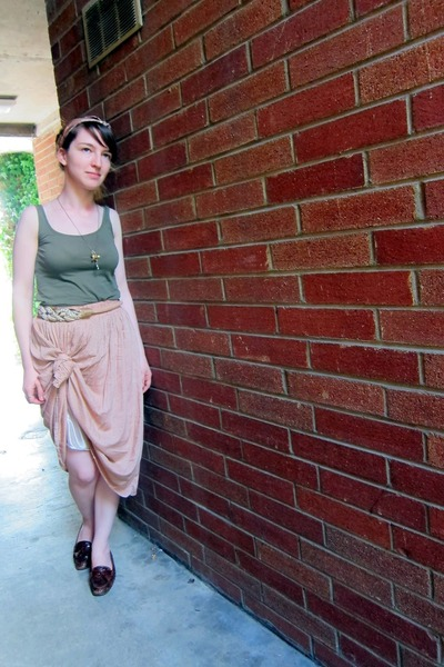 peach vintage skirt - olive green H&M top - brown Cole Haan loafers