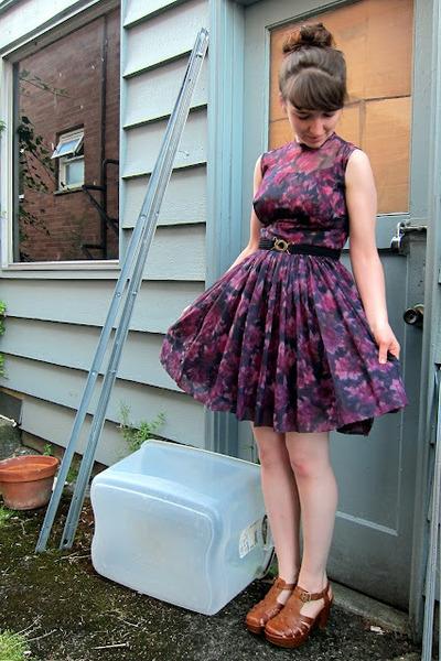 brown kork-ease shoes KorkEase clogs - purple Johnnye Jr dress