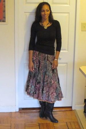 BCBG boots - H&M shirt - Komals Enneagram Flows skirt