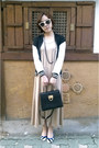 Beige-maxi-dress-dress-black-jacket-black-bag-striped-pumps-pumps