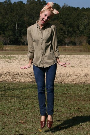 navy Levis jeans