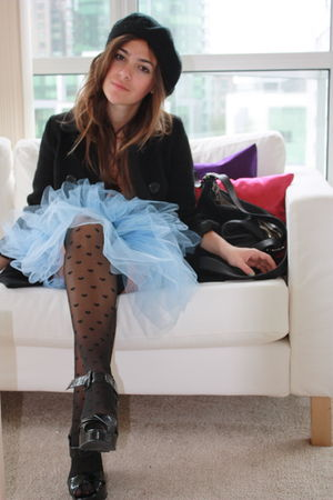 unknown hat - Alyssa bird dress - Zara Kids coat - American Apparel socks