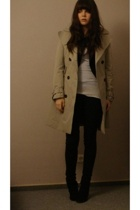 beige trench coat Zara - white tank top H&M - black suede booties Buffalo