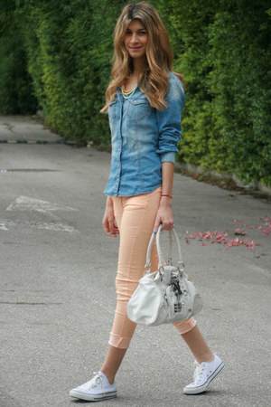 salmon Bershka pants - jean H&amp;M shirt - white George Gina &amp; Lucy bag