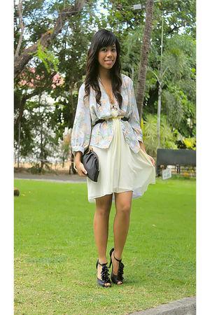 floral vintage blouse - Museum Clothing dress - Flatterbuy necklace