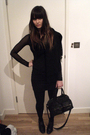 Black-nast-gal-scarf-topshop-skirt-black-h-m-top-black-h-m-bag-accessories