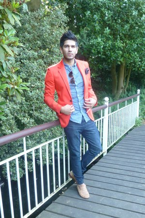 red plush blazer blazer - navy cuffed carrot jeans - sky blue polka  dot shirt