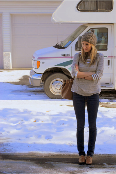 Forever 21 sweater - JCrew shirt - J Brand jeans - Chloe bag - Target hat - Bake