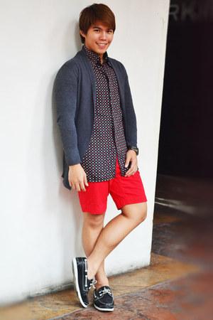 black shoes - red Thrift Shop shorts - workshop top - charcoal gray Gap cardigan