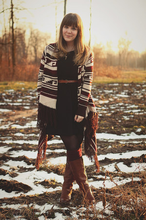 maroon Forever21 cardigan - tawny Wanted boots - black Forever21 dress