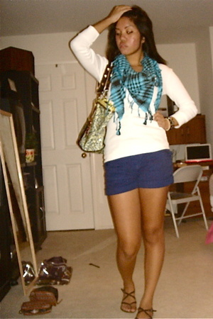 Wet Seal scarf - Wet Seal top - H&M shorts - Betseyville purse